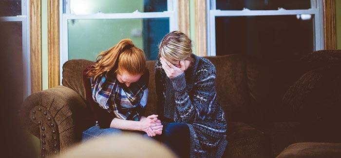 Tips for Helping Console a Grieving Friend
