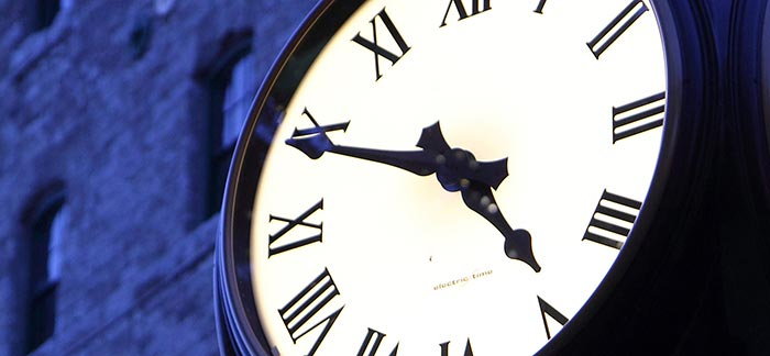 Image of historic clock for Quotacy blog Why You Shouldn't Wait to Buy Life Insurance.