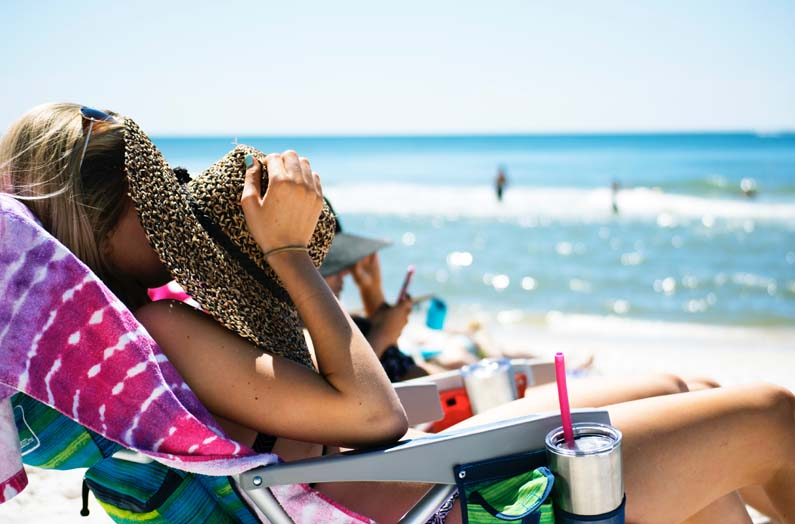 How to Enjoy Summer and Protect Your Skin