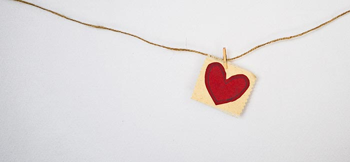 Image of a heart on a string